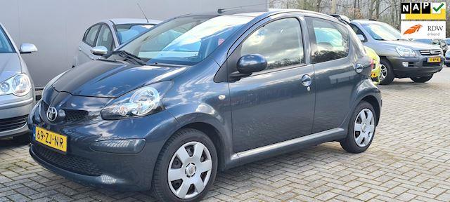 Toyota Aygo 1.0-12V + 5 Deurs