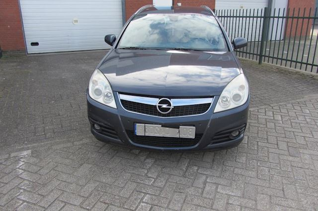 Opel Vectra 1.9 CDTi Executive