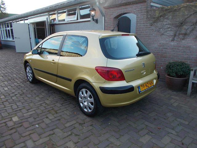 Peugeot 307 1.4-16V XS airco ..138dkm nap