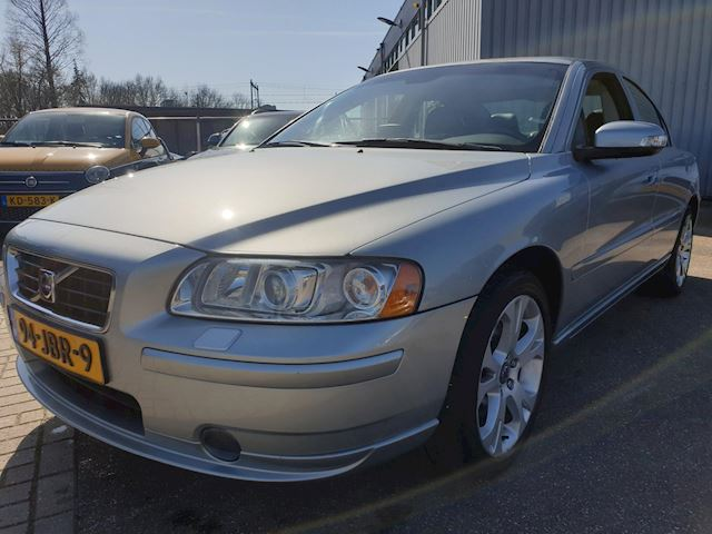Volvo S60 2.4 Drivers Edition Automaat Leder