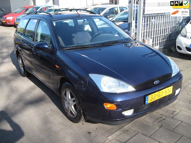 Ford Focus Wagon 1.6-16V Collection airco st bker elek pak nap apk