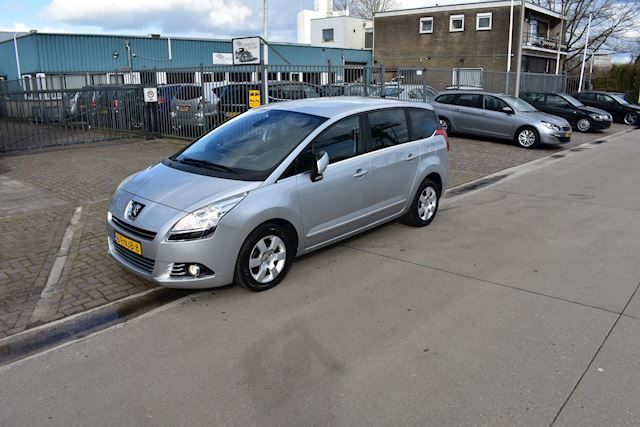 Peugeot 5008 1.6 VTi Blue Lease 5p.