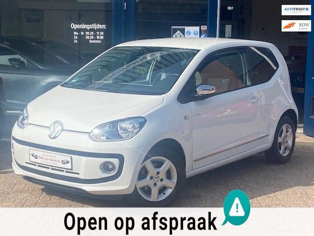 Volkswagen Up! 1.0 move up! White! Airco/Cruise/Stoelverwarming/PDC/Elek pakket/Chrome! 1e eigenaar/Dealer OH/Nieuwsttaat!