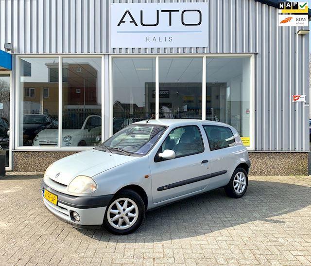 Renault Clio 1.6 RXE Automaat *Airco*Nieuwe APK*