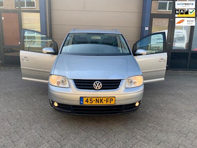 Volkswagen Touran 1.6-16V FSI Highline I CLIMA I INRUILKOOPJEE!!!!!!
