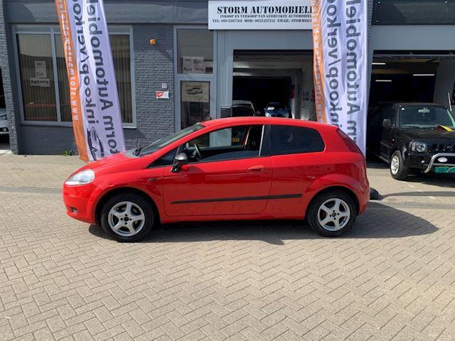Fiat Grande Punto 1.4 Active met Airco, NAP-rapport en een nieuwe APK!!!