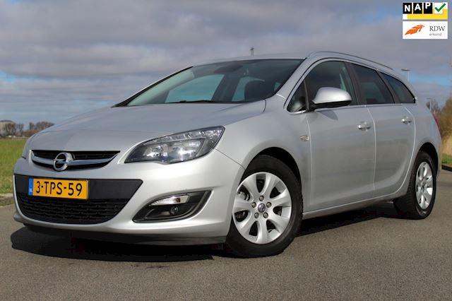 Opel Astra Sports Tourer 1.7 CDTi Business + 110 PK ! 1e EIGENAARS AUTO ! AIRCO - CRUISE CONTROLE - PARKEERSENSOREN !