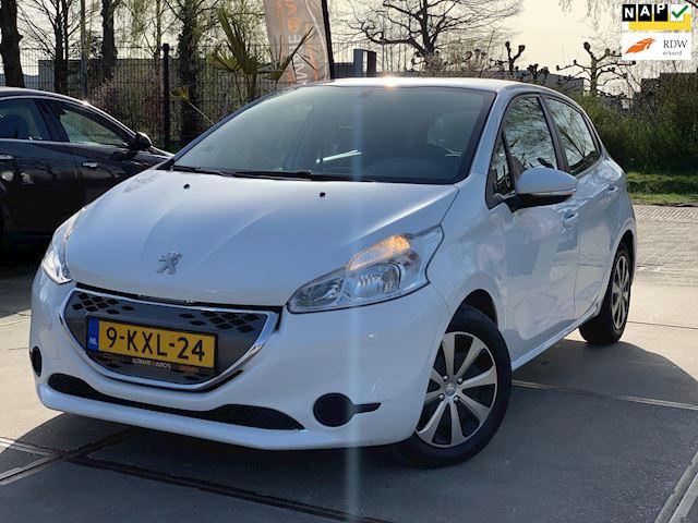 Peugeot 208 1.4 e-HDi Active NIEUW APK VOL ONDERHOUDEN