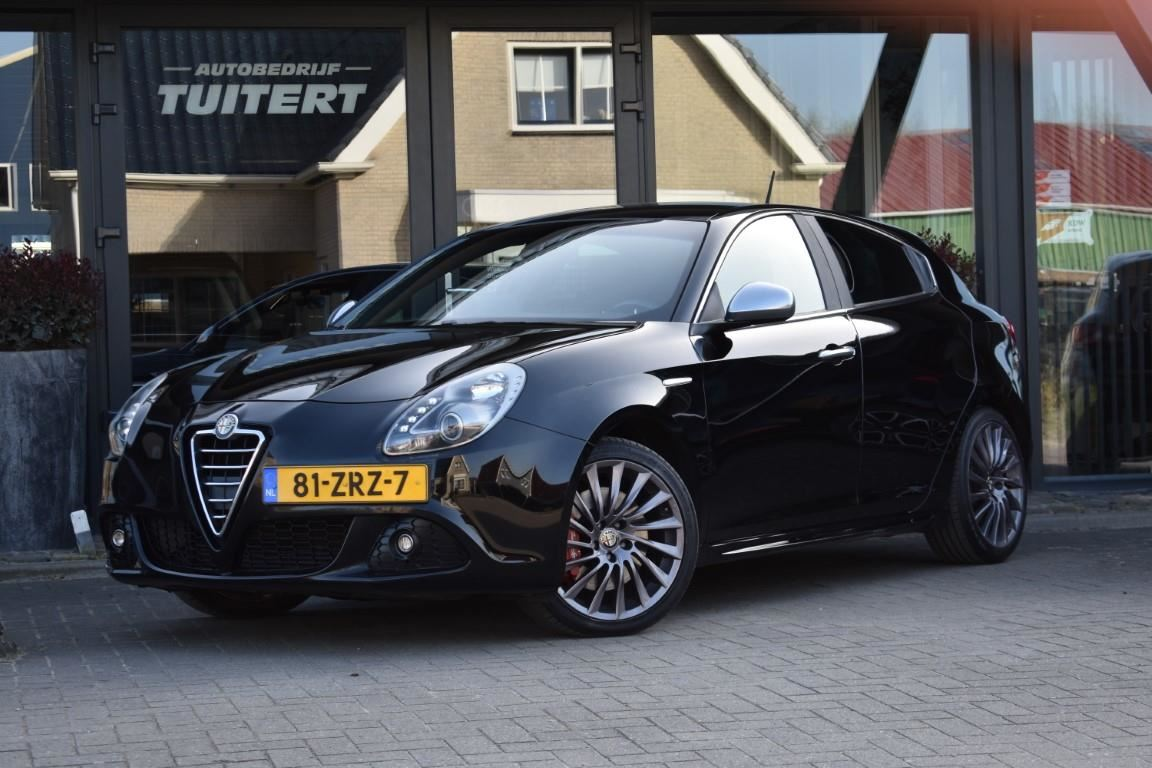 Alfa Romeo Giulietta occasion - Autobedrijf Tuitert