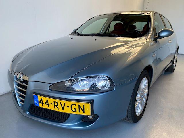 Alfa Romeo 147 1.6 T.Spark Veloce Distinctive Leer Navi Climate+Cruise control