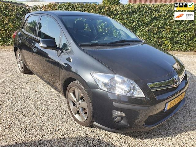 Toyota Auris 1.8 Full Hybrid Dynamic Business