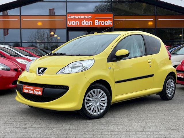 Peugeot 107 1.0-12V XS Elec Pakket Nieuwe Apk