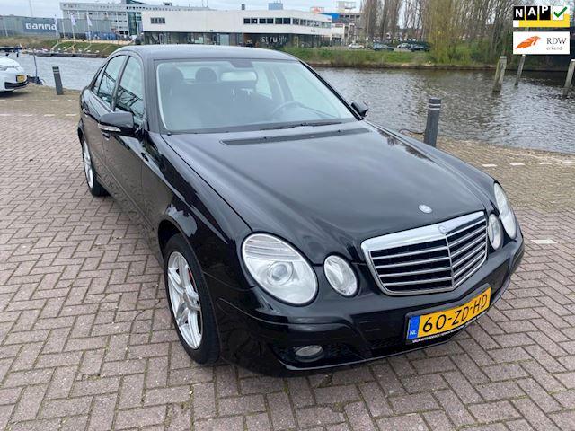 Mercedes-Benz E-klasse 200 CDI Elegance facelift bouwjaar 2008 lm velgen airco navigatie elkrt pakket rijd perfect