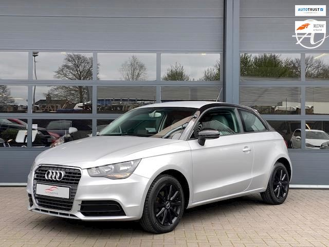 Audi A1 1.2 TFSI Attraction Pro Line Airco Bluetooth Parkeersrn