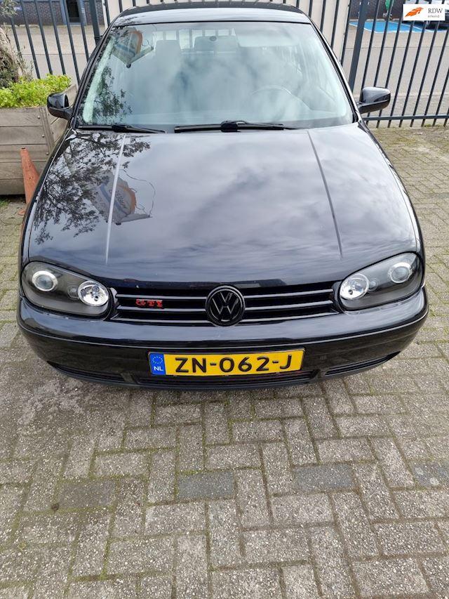 Volkswagen Golf 1.8-5V Turbo GTI