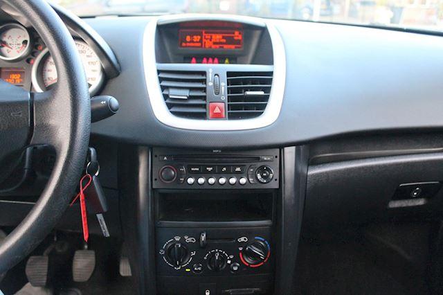 Peugeot 207 1.4-16V Color-line 1 eigenaar izgstaat