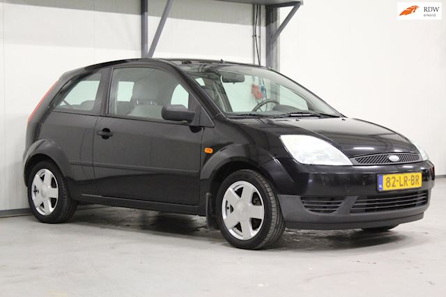 Ford Fiesta 1.25-16V Ambiente | Airco | Parkeersensoren | Netjes