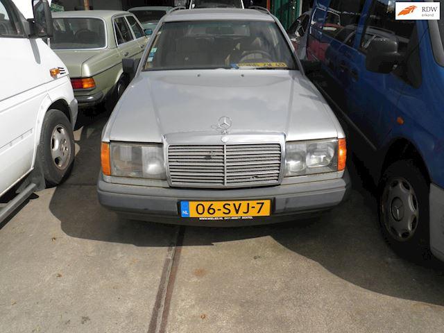 Mercedes-Benz 200-500 (W124) Combi 250 TD