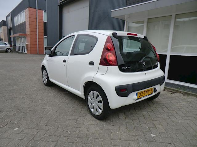 Peugeot 107 1.0 Access Accent airco