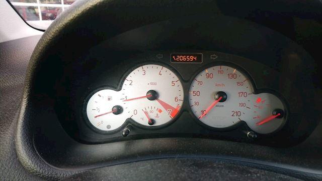 Peugeot 206 1.6-16V Quiksilver MET VOL JAAR A.P.K.!!!