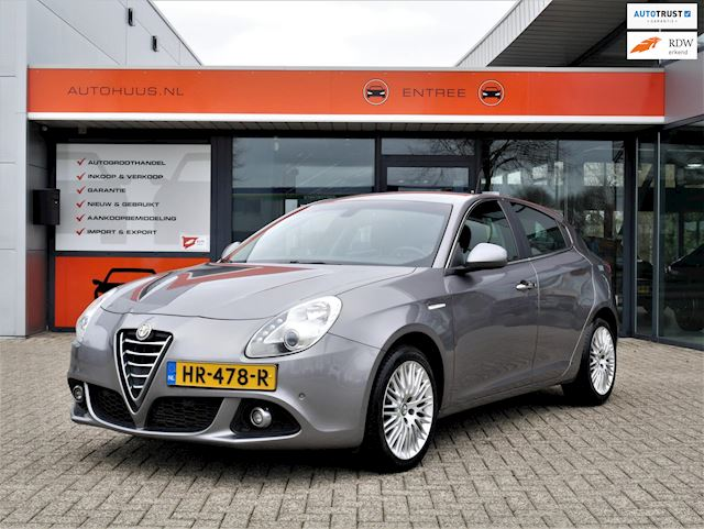 Alfa Romeo Giulietta occasion - Autohuus B.V.