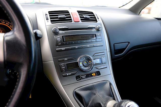 Toyota Auris occasion - FLEVO Mobiel