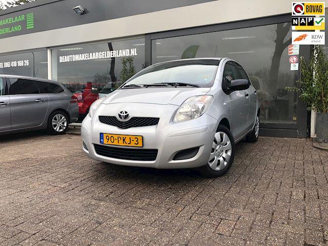 Toyota Yaris 1.3 VVTi Comfort Nw Apk/Airco/Radio Cd speler