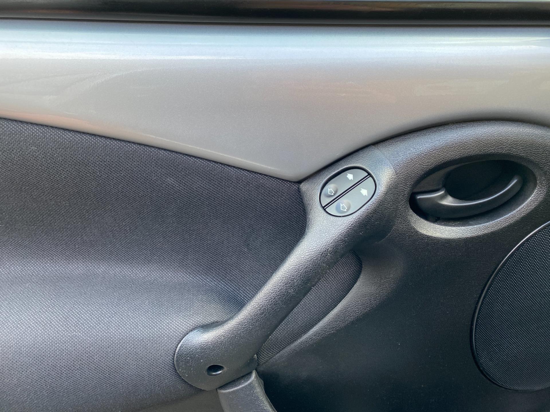 Ford Ka occasion - Jeeninga Auto's