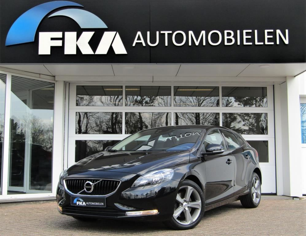 Volvo V40 2.0 T2 Kinetic, occasion - FKA Automobielen