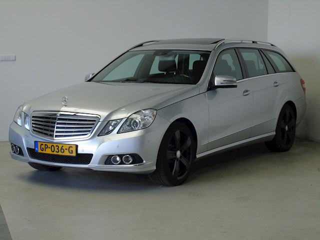 "Mercedes-Benz E-klasse Estate E220Cdi Estate Volledige historie/Schuifdak/18"""