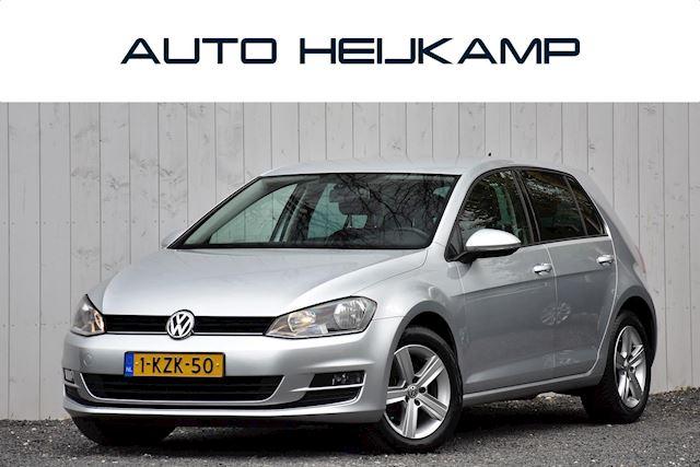Volkswagen Golf 1.4 TSI Highline | Navi | Sportstoelen | NL-Auto