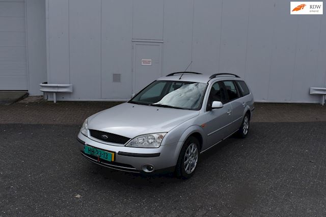 Ford Mondeo Wagon 1.8-16V First Edition