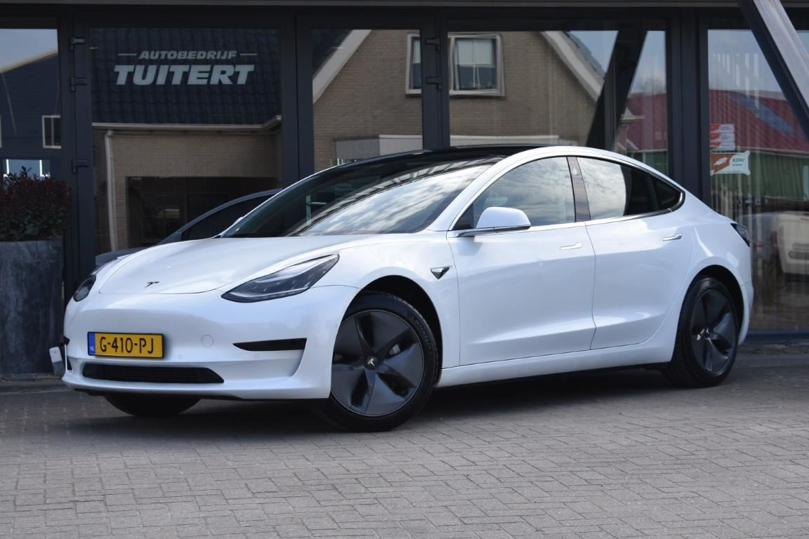 Tesla Model 3 occasion - Autobedrijf Tuitert