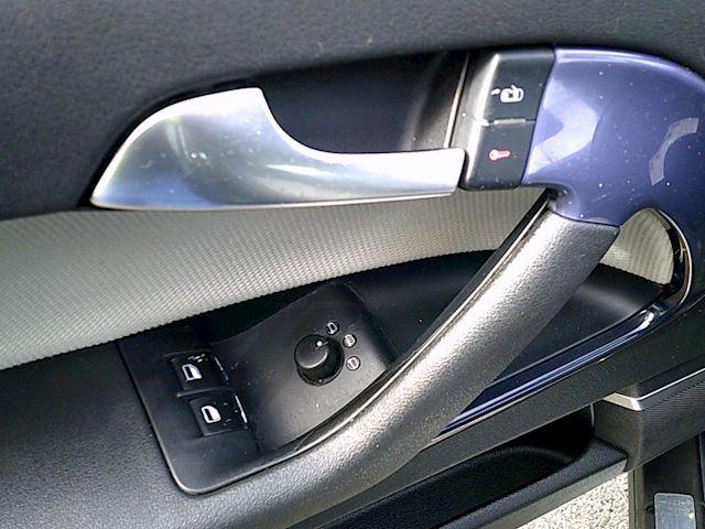 Audi A3 2.0 FSI Ambition(AUT./LMV/ECC)