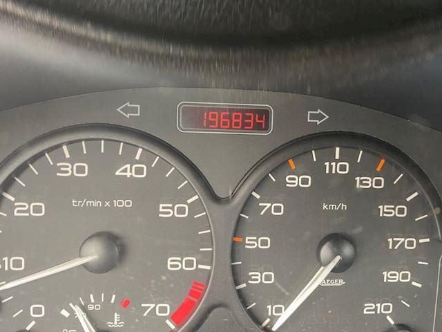 Peugeot 206 1.4 XT automaat 196000km