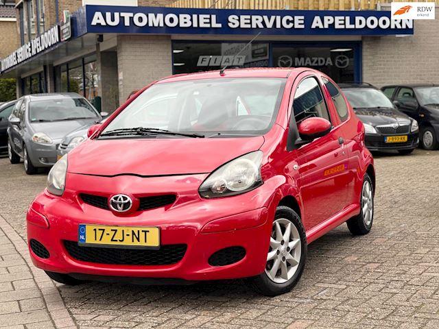 Toyota Aygo 1.0-12V Séduction*HALF LEDER BEKL.*STUURBEKR.*CV *LM.VELGEN*APK