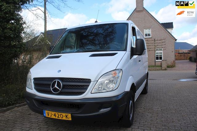 Mercedes-Benz Sprinter ZEER NETTE   BUS 210 2.2 CDI 325