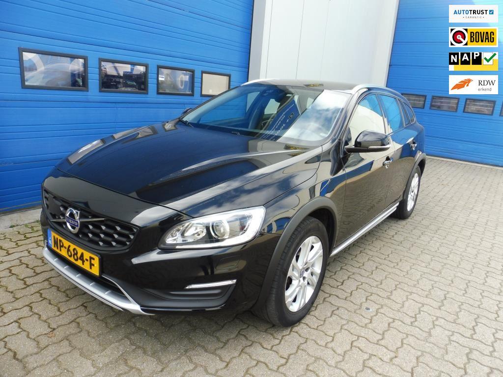 Volvo V60 Cross Country occasion - Autovakmeester-Verheijen