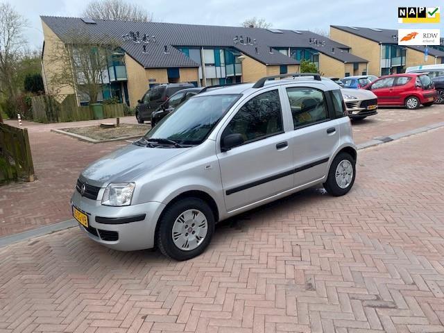 Fiat Panda AUTOMAAT / 26.000 NAP / Airco / Zeer mooie en nette auto