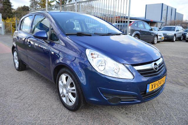 Opel Corsa 1.2-16V Essentia bj07 airco elec pak + ingebouwde fietsendrager