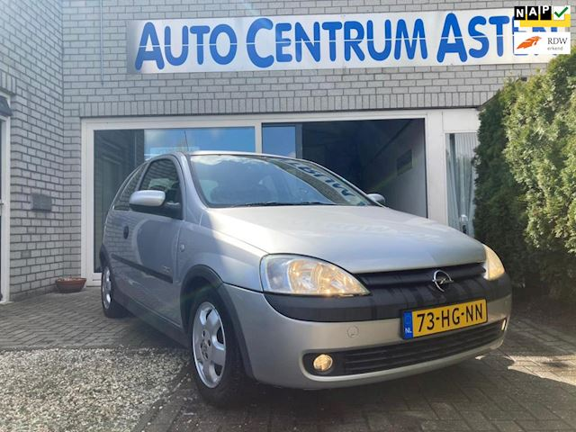 Opel Corsa 1.4-16V Elegance Automaat lage km stand