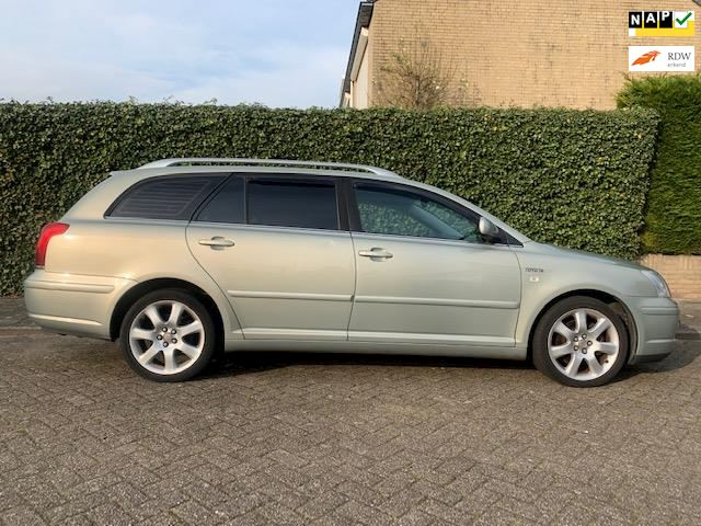 Toyota Avensis Wagon 2.0 VVTi automaat - clima - lm velgen - cruise - isofix - pdc