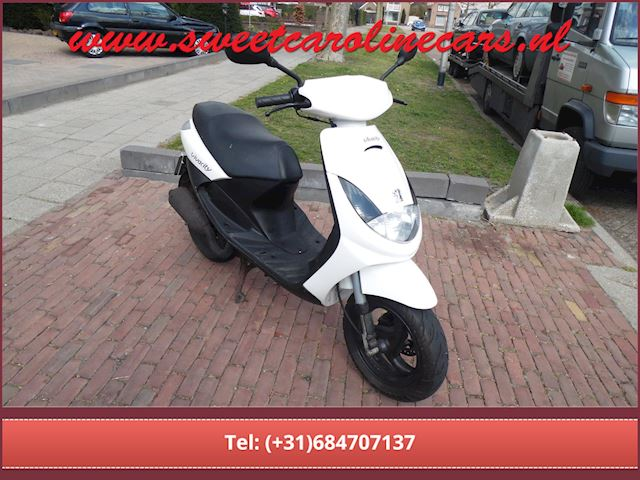 Peugeot Scooter Vivacity 100,(Motorscooter!)