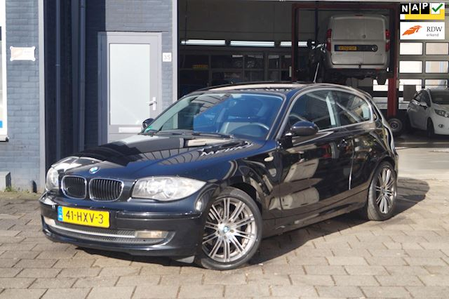 BMW 1-serie 118d Corporate Business Line  Airco  LMV