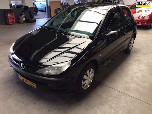Peugeot 206 1.4 XR Nw APK