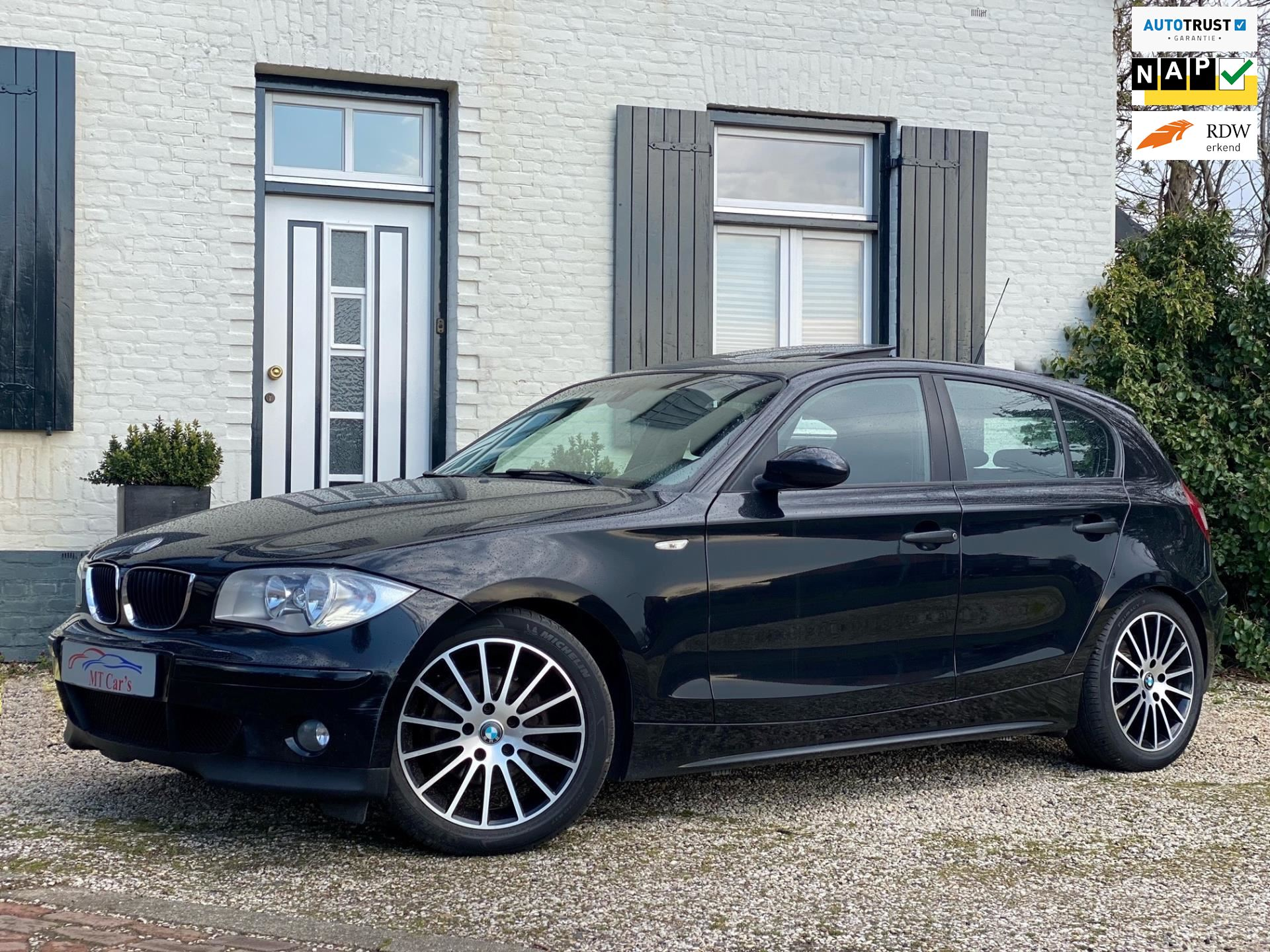 BMW 1-serie occasion - M.T.  Cars & Carcleaningcenter