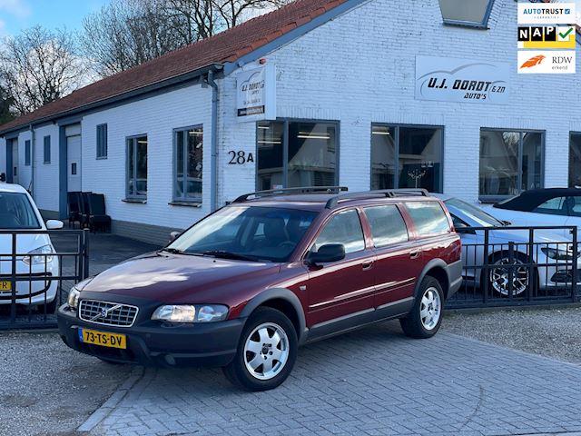 Volvo V70 Cross Country 2.4 T in zeer nette staat!