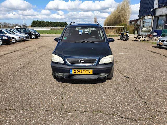 Opel Zafira 1.8-16V Elegance,7 persoons,airco
