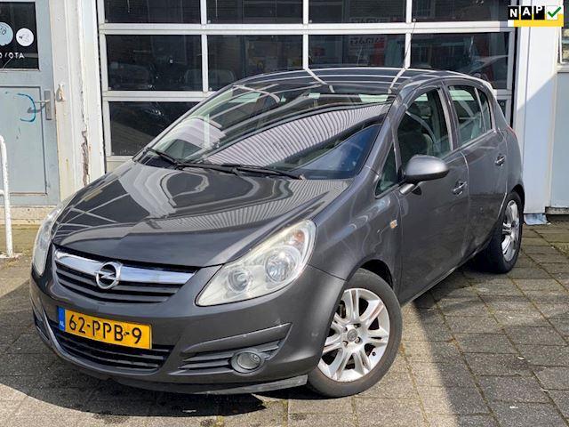 Opel Corsa 1.2-16V Cosmo Airco Cruise control