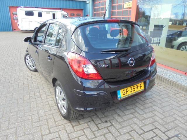 Opel Corsa 1.4-16V Edition